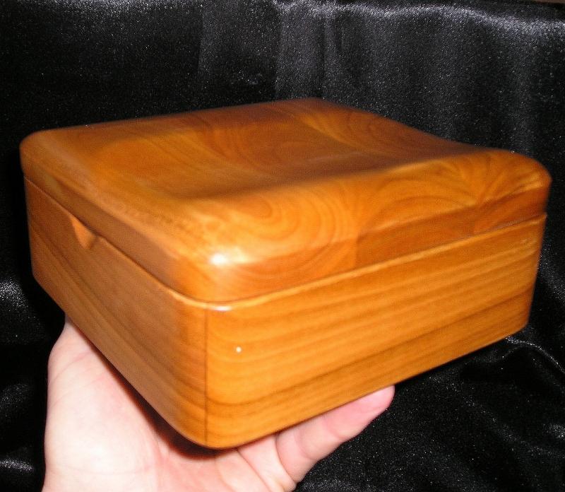 Schmuckschatullen aus Holz Schmuckschatullen
