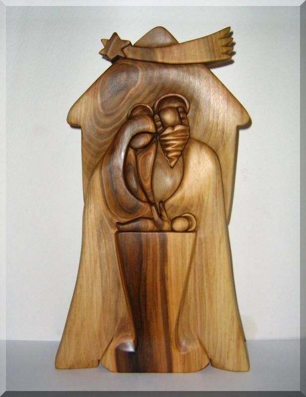 Krippe aus Holz. Holzskulptur
