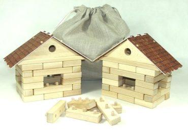 Würfel. Kit 2 Häuser Holzspielzeug