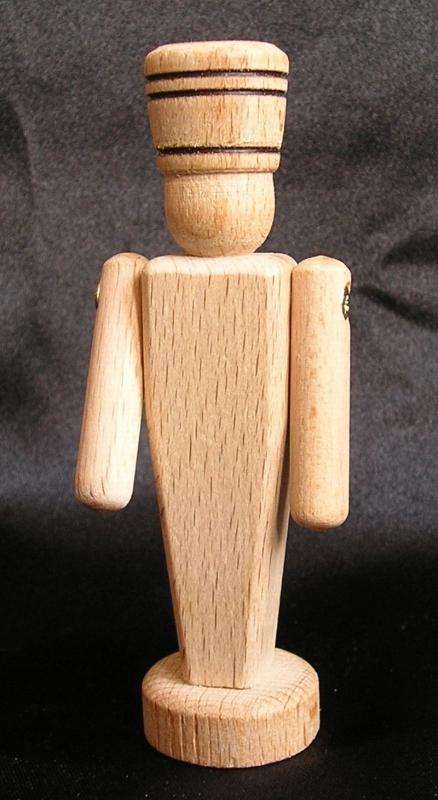 Holzsoldat 9 cm – Holzspielzeug und Souvenirs