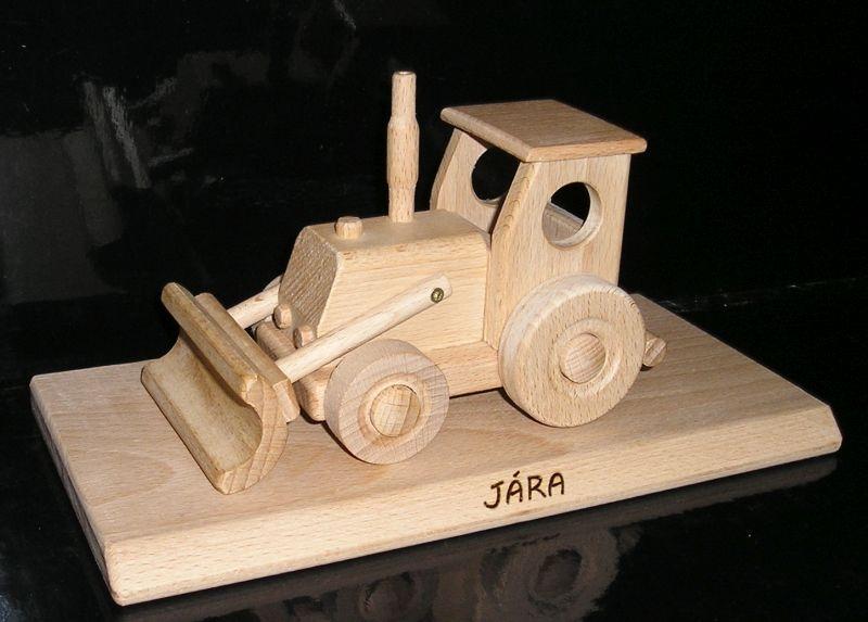 Holztraktor, ein Geschenk für Fahrer mit einer Basis für Engagement