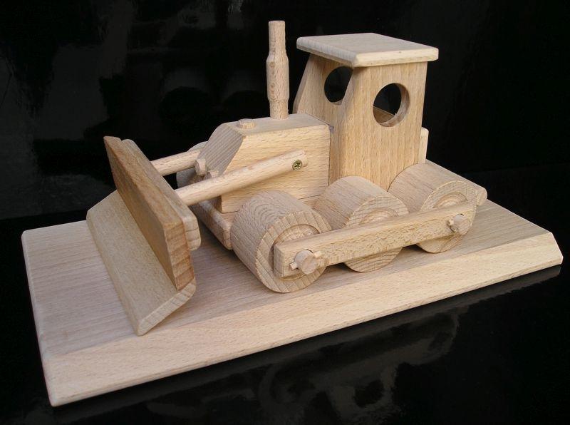 Bulldozer auf einer Basis Holzspielzeug und Geschenke für Fahrer