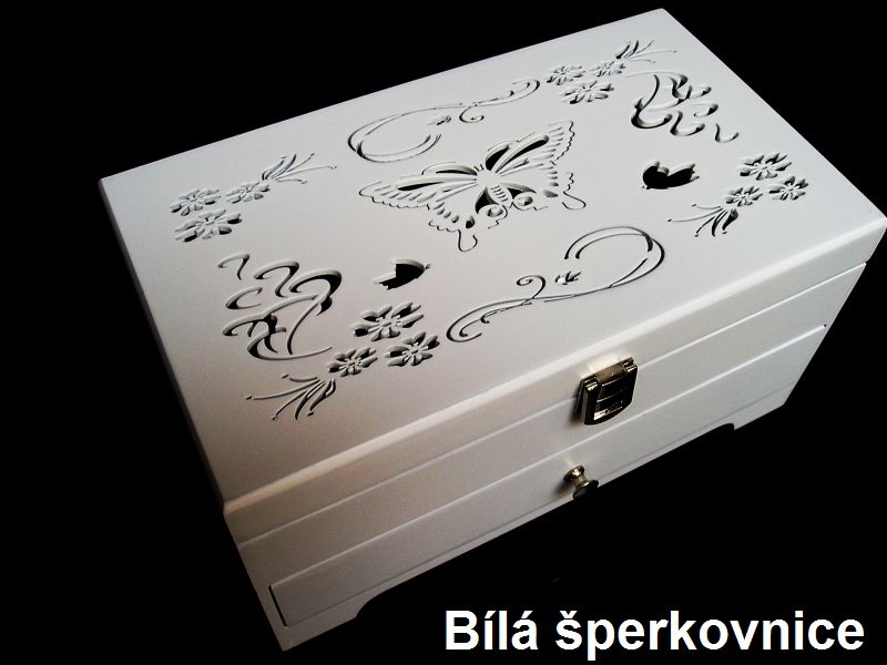 Weiße hölzerne Schmuckschatulle mit Schubladen und Schmetterlingsdekorationen