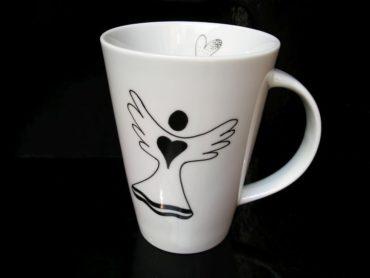 Porzellanbecher 0,4 l mit einem Engel für Tee, Kaffee