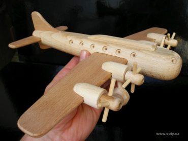 Boeing Holzflugzeug