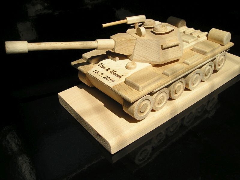 Panzer, militärische Ausrüstung, Holzgeschenke und Kinderspielzeug Holzgeschenke und Spielzeug