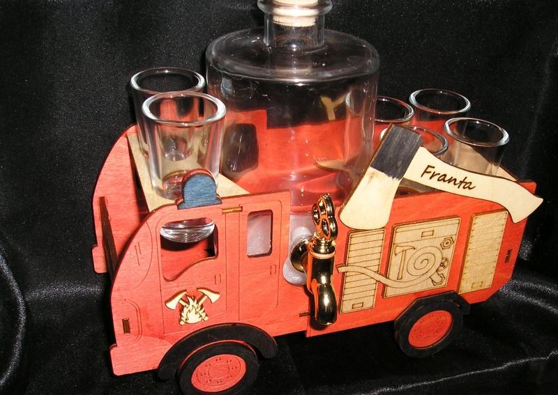 Geschenkflasche, Glas für Alkohol Feuerwehrmann
