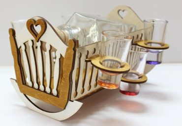 Geschenkflasche für Alkohol, Glas, Cradles