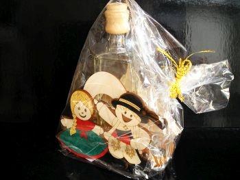 Geschenkverpackung Alkohol Flasche Folk, Hochzeit, Bankett, Bräutigam und Braut Hochzeit