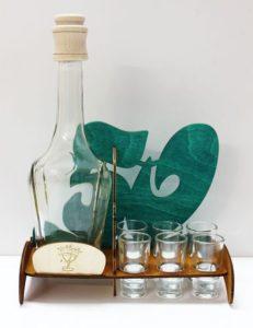 Geschenkflasche für Alkohol mit dem Text 50. Geburtstag