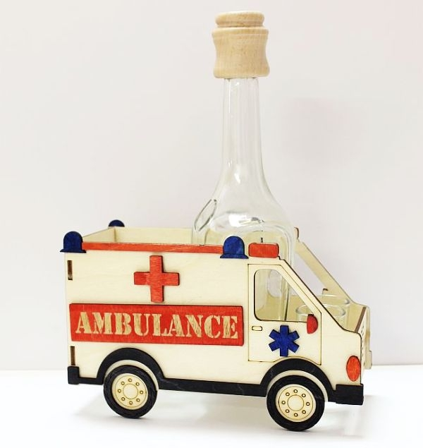 Alkoholglasflaschen, Krankenwagen, Krankenwagen, Auto, Fahrzeug