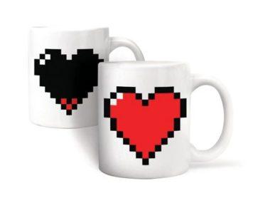 Selbstfärbende Teetassen, Herzkaffee, gefärbt beim Erhitzen