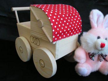 Puppenwagen, Spielzeug