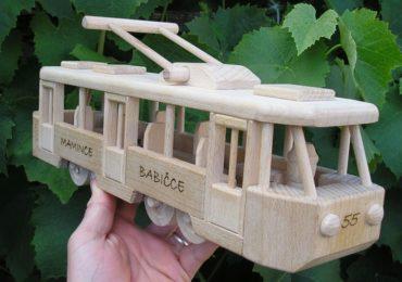 Straßenbahn Holzspielzeug