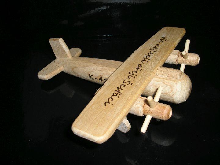 Holzflugzeug für Kinder – Holzspielzeug – Flugzeuge