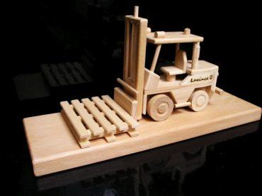 Gabelstapler Eidechsen Holzgeschenke und Spielzeug