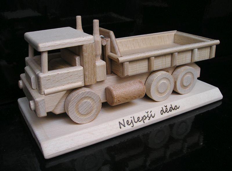 MAN LKW auf einer Basis Holzgeschenke für Fahrerrevené darčeky pre vodiča šoféra