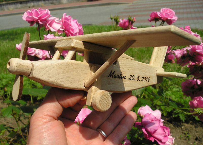 Holz Flugzeug Typ Pilatus Holzspielzeug Geschenke für Pilotenhračky | darčeky pre pilotov