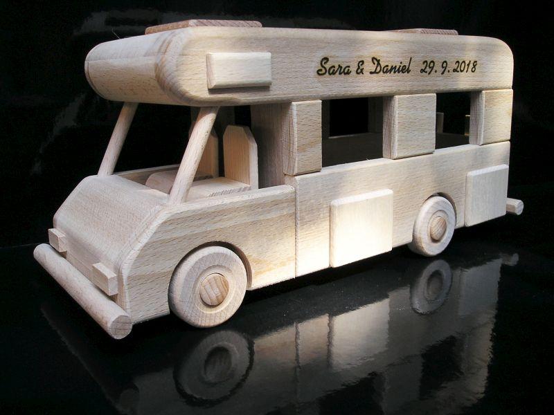 Spielzeug Wohnwagen