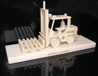Spielzeug Gabelstapler Eidechsen Holzgeschenke und Spielzeug