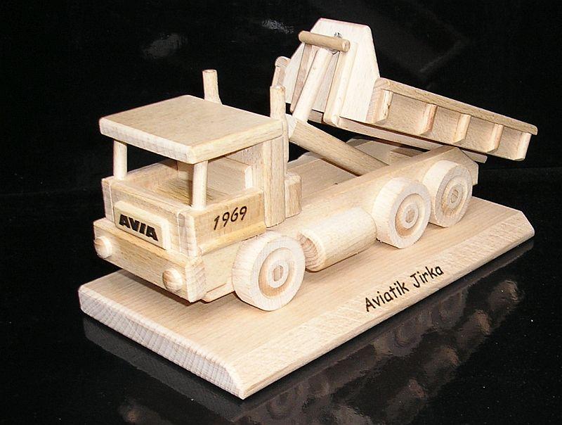 MAN LKW auf einer Basis Holzgeschenke für Fahrer