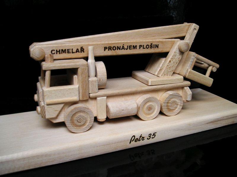 LKW-Hubbühne, Holzgeschenk, Spielzeug