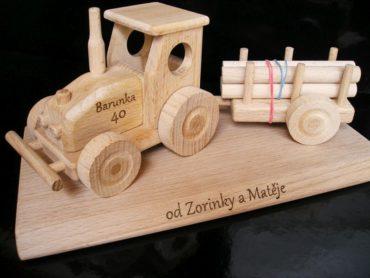 Spielzeug Traktor mit Abstellgleis, Kinderspielzeug, Holzgeschenke