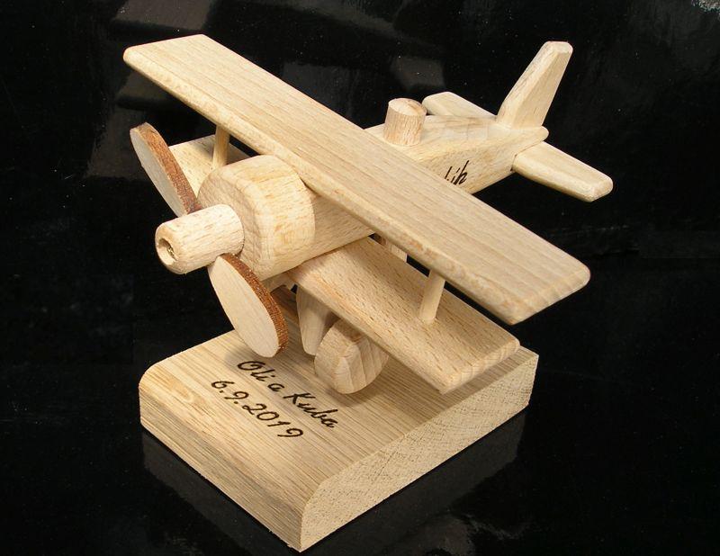 hölzernes Geburtstagsgeschenk für den Piloten