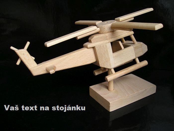 Hubschrauber für Hubschrauberpiloten auf Stand Holzgeschenke Geschenke und Spielzeug