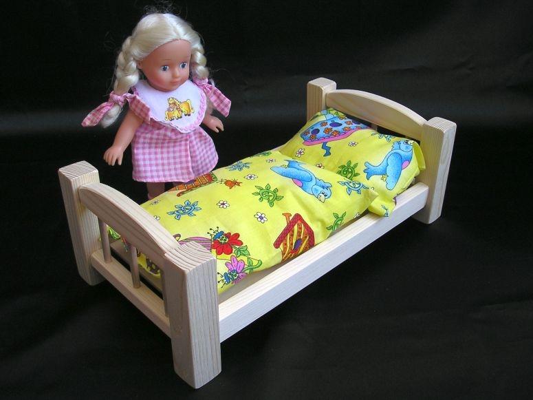 Puppenbett-Spielzeug