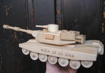 Holzgeschenke Panzer und Spielzeug