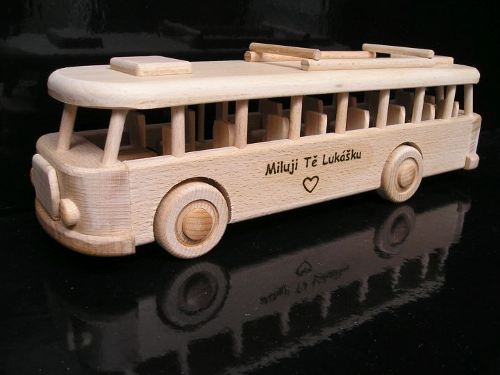 Holzgeschenke, Bus für Busfahrer und Mitarbeiter von Transportunternehmen.