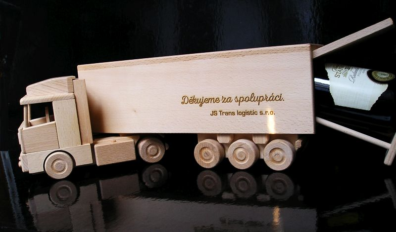 Holzgeschenk für LKW-Fahrer