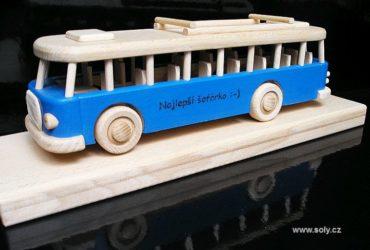 Holzspielzeug Bus fur Kindedr