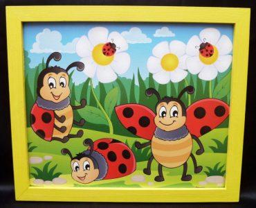 Marienkäfer Kinder gemalte Bilder an der Wand
