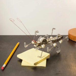Maxi Ant Franta. Schlüsselfertiges mechanisches Blechspielzeug