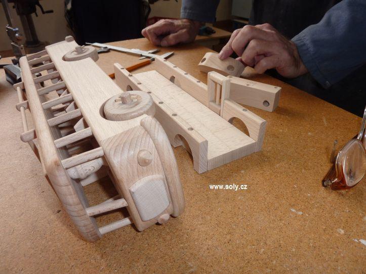 vyroba-drevenych-hracek