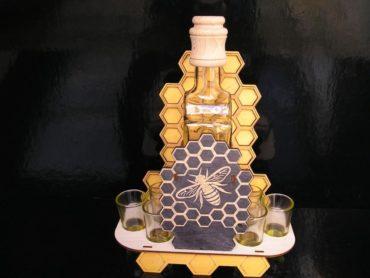 Ein Geschenk für Imker Geschenkkorb, Metflasche